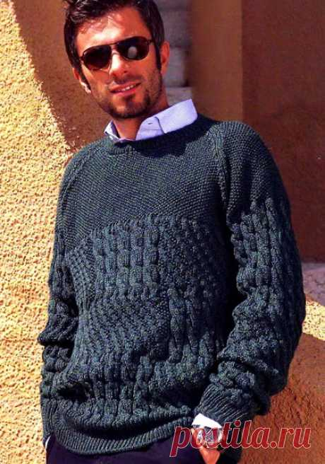 Мужской пуловер с узором из кос и жемчужным узором. Мужской пуловер с узором из кос и жемчужным узором. В статье представлены подробное текстовое описание вязания спицами данной модели и схема узора.