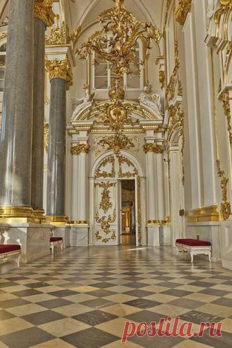 The Hermitage Museum, formerly the Winter Palace, Saint Petersburg, Russia - del usuario Eric Esquivel en Flickr   Pinterest • el catálogo Mundial de las ideas