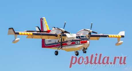 Фото Canadair CL-415 SuperScooper (N386AC) - FlightAware