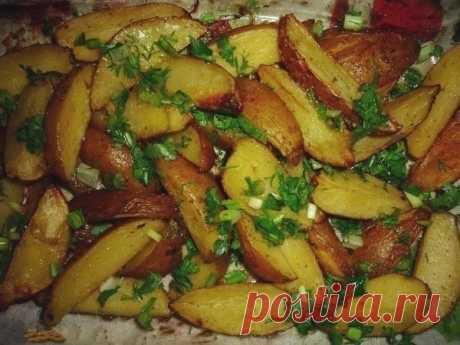 Как приготовить картошечка в духовке - рецепт, ингредиенты и фотографии