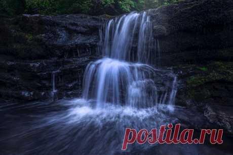 Ystaradfellte Waterfall Explore alexcalver's photos on Flickr. alexcalver has uploaded 157 photos to Flickr.
