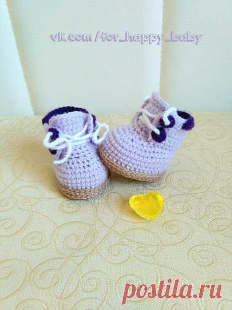 Вязаные ботиночки для кукол и игрушек. Описание. Автор: Инна Чумакова источник: https://vk.com/wall-128042537_674