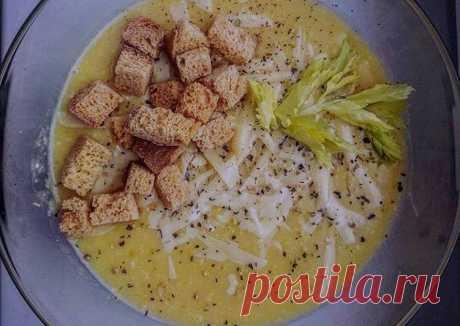 Суп пюре из кабачков с сухариками Автор рецепта Ольга - Cookpad