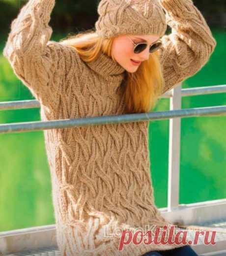 Удлиненный свитер и шапочка с плетеным узором схема спицами » Люблю Вязать