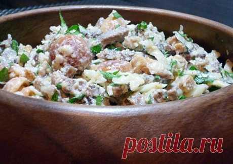 Великолепный салат с языком, орехами и сыром Очень оригинальный и очень вкусный!