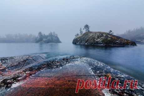 Ладожские шхеры хороши в любую погоду, но особенную загадочность им придает туман. Автор фото - Надежда: