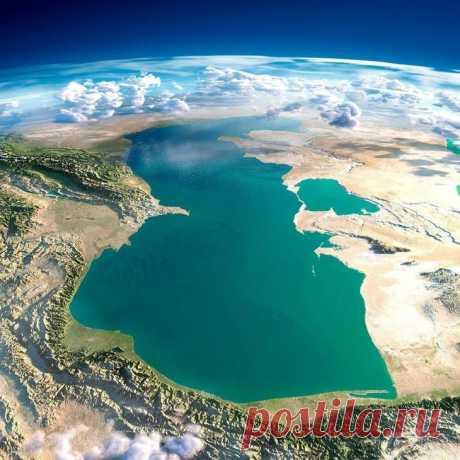 Los hechos interesantes sobre el mar Caspio el mar Caspio — extraordinariamente importante para la economía y la navegación el aljibe, a que muchos siglos velejaban atrás los navegadores atrevidos. Es absolutamente cerrado, es decir es separado de las aguas de m...