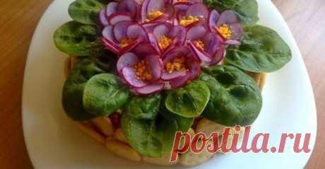 ух ты! какое #необычное_оформление_салата! красота! думаю можно любой так оформить!!! украсит любой праздничный стол!