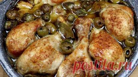 Пикантная запеченная курица Это рецепт куриных ножек в пряном соусе я нашла на сайте кулинара Андрея Рудькова. Рецепт просто потрясающий. Курочка в меру острая, нежная и очень вкусная!Ингредиенты:Куриные ножки – 6 шт.Соевый со...