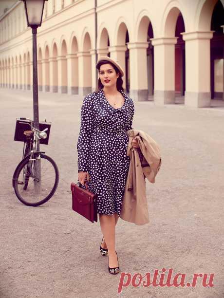 237fccf1dfb Платье приталенного силуэта - выкройка № 417 из журнала 2 2015 Burda. Мода  для