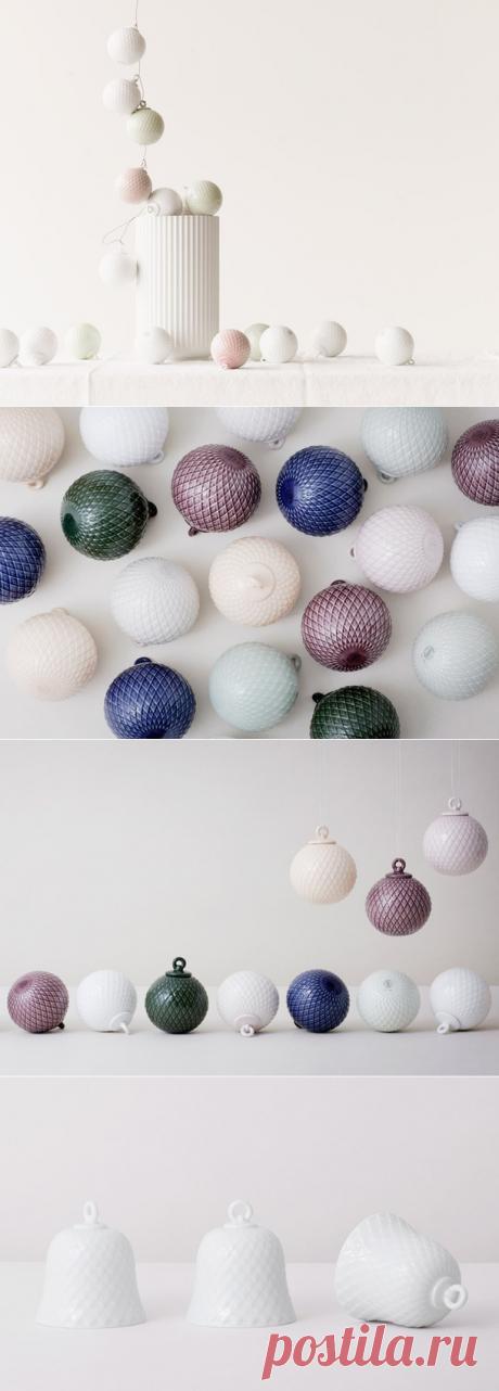 Минималистичные елочные шары