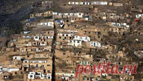 Таджикистан вернул беженцев в Афганистан Этнические киргизы, бежавшие из Афганистана в Таджикистан 13–14 июля, отправлены обратно, сообщает 19 июля CentralAsia.