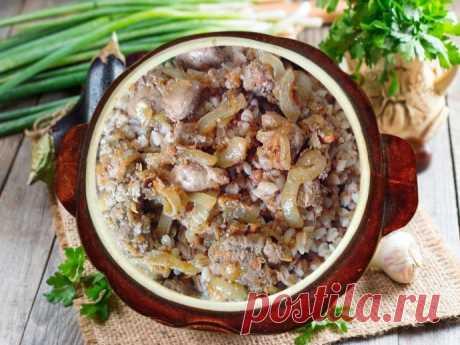 Гречневая каша со свининой в горшочке
