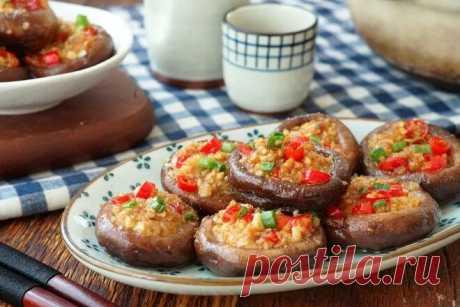 Жареные грибочки с чесночной пастой – закуска, которую рекомендую попробовать. Мы то точно приготовим на праздничный стол   Другая Кухня /Дневник фудблогера   Яндекс Дзен