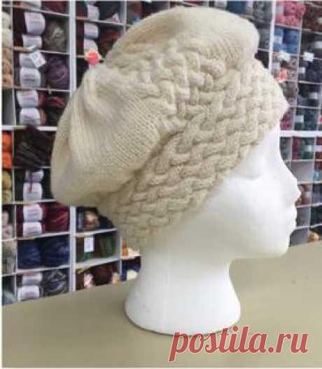 La boina real zhguty la boina Caliente por los rayos para las mujeres, cumplido de la lana merino del espesor medio. La labor de punto de la boina comienza de la chapa inferior por completo vinculada por la cinta...
