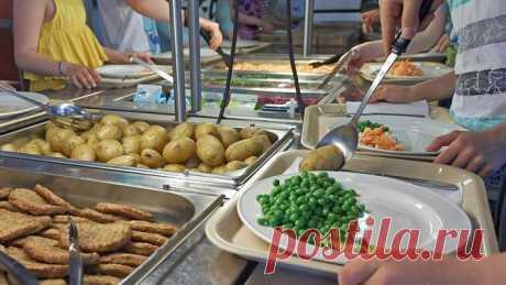 """Russische Welt on Twitter: """"В этом году Финляндия отмечает 70 лет со дня введения бесплатного школьного питания для всех учеников"""