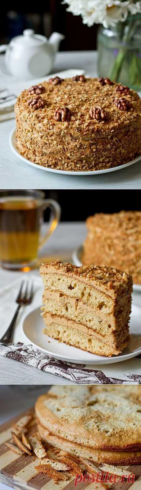 Медовый торт с грецкими орехами. Не трудоемкий чем обычный, но не менее вкуснее его.