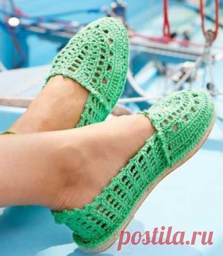 Вязаная летняя обувь крючком. Летняя обувь крючком схемы. | Вязание для всей семьи