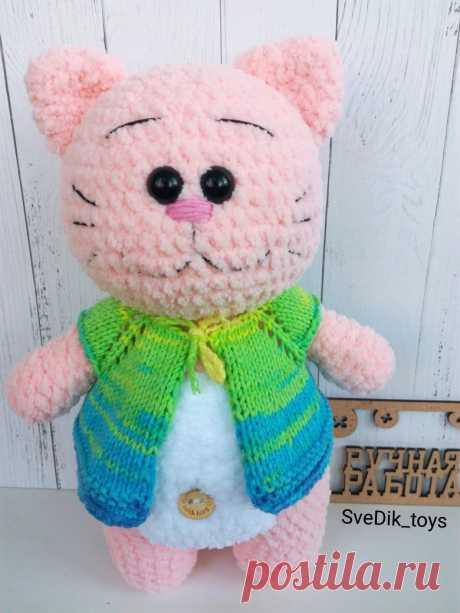 PDF Плюшевый Котик крючком. FREE crochet pattern; Аmigurumi doll patterns. Амигуруми схемы и описания на русском. Вязаные игрушки и поделки своими руками #amimore - плюшевый котик, зефирный кот, большая кошечка, кошка, котенок, cat, kitten, gato, gatito, gatinho, chat, minou, kitty, kätzchen. Amigurumi doll pattern free; amigurumi patterns; amigurumi crochet; amigurumi crochet patterns; amigurumi patterns free; amigurumi today.