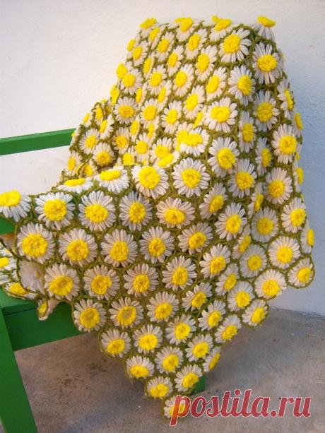 Ромашковый луг. Вяжем цветочный плед