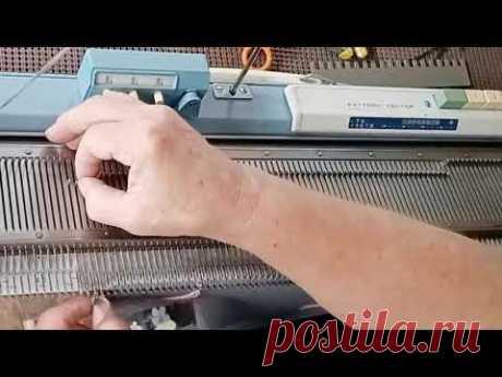The Answer Lady's Machine Knitting Notebook: basic sweater