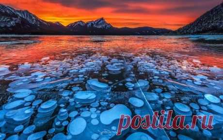 Пятнистое озеро Клилук, Канада.