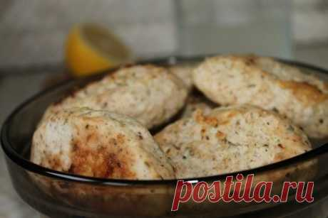 The baked chicken cutlets