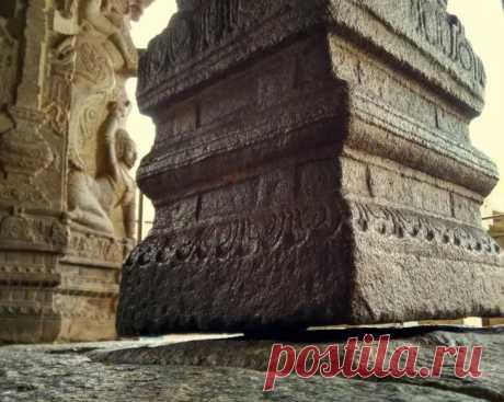 Загадочные круги и висящая колонна в Лепакши