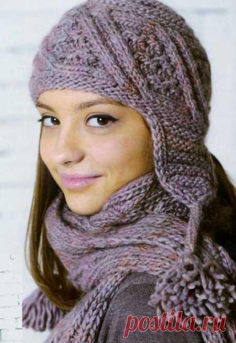Теплая вязаная шапочка с ушками, которая подходит как взрослым, так и детям, все дело в количестве петель.