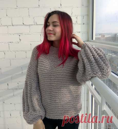 Объёмный вязаный свитер оверсайз цвета пыльной розы – купить в интернет-магазине на Ярмарке Мастеров с доставкой - IGJRJRU   Набережные Челны