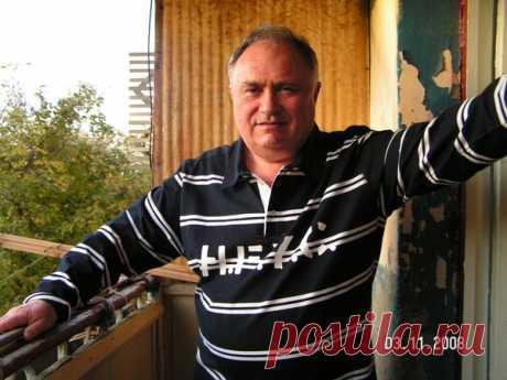 Александр Грингауз