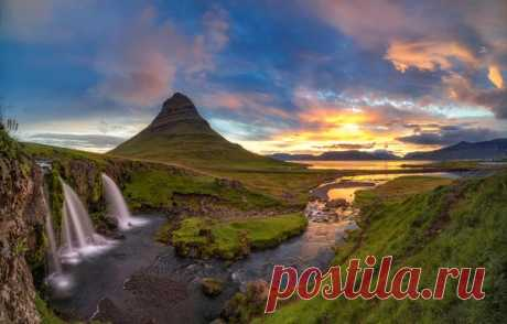 Исландская гора Киркьюфетль (Kirkjufell), водопады и фьорд — прекрасное место для встречи рассвета. Фотограф – Денис Ульянкин: nat-geo.ru/community/user/185952 Доброе утро! 💛