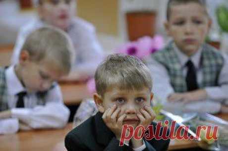 Минкомсвязь объявила выговор сообщившему о возможности блокировки соцсетей Ксензову