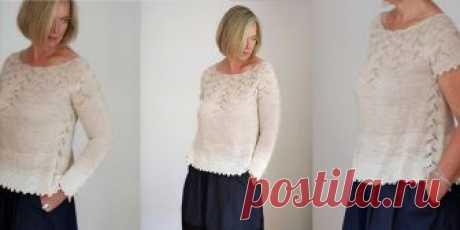 Пуловер с ажурной кокеткой Lazy Olive Вязаный спицами пуловер с круглой ажурной кокеткой, которая притягивает взгляды к линии декольте. Пуловер вяжется спицами сверху вниз, а прибавления на кокетке выполняются равномерно по кругу в ажурном узоре..