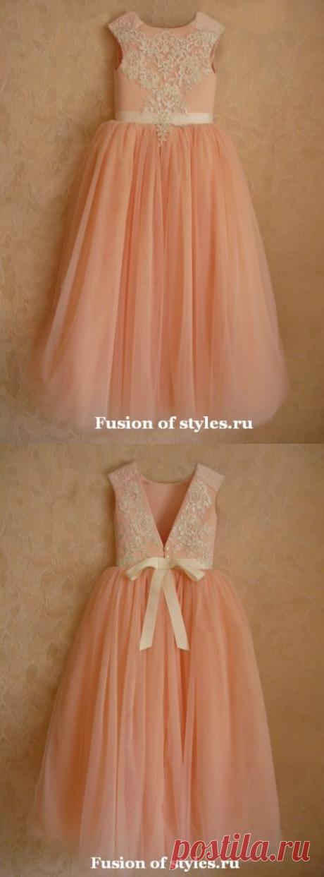 Корсетное бальное платье с кружевной аппликацией для девочки | СЛИЯНИЕ СТИЛЕЙ