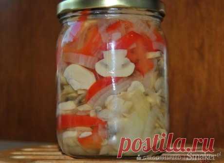 Салат с грибами - рецепт от Smaker.pl