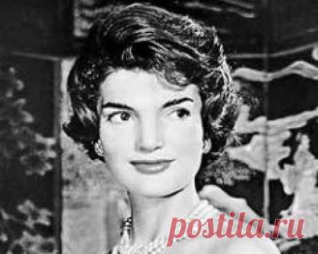 Сегодня 19 мая в 1994 году умер(ла) Жаклин Кеннеди-США