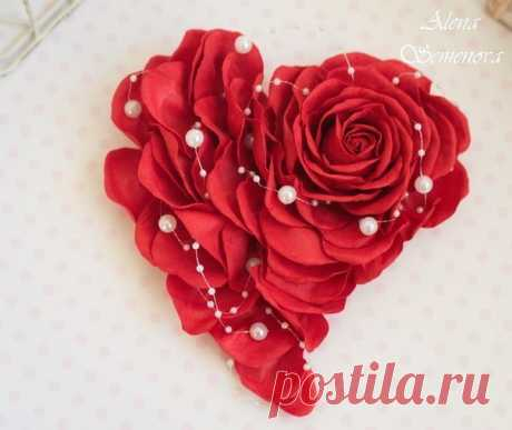 ¡La tarjeta volumétrica el corazón con la rosa \/ la Labor de punto como el arte!