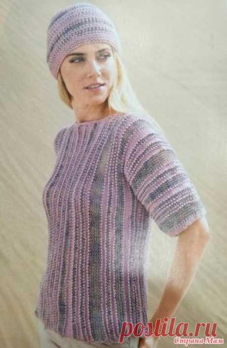 Полосатый пуловер спицами.