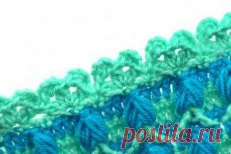 Красивая узкая кайма Несложная узкая кайма может использоваться не только для отделки вязаных изделий, но и для обвязки платочков и салфеток из ткани.