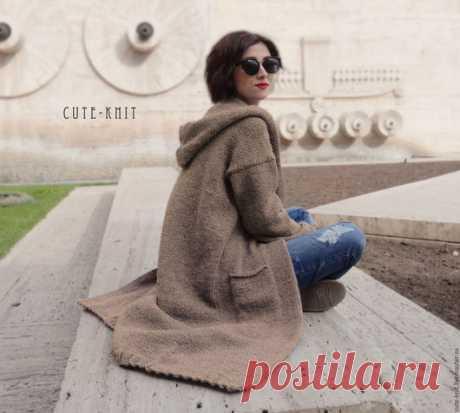 Купить Длинное пальто с капюшоном вязаное - пальто, длинное пальто, пальто длинное, пальто с капюшоном, бежевое пальто вязаное, женское пальто