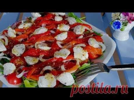 Пробуйте новое.Вы не поверите как это вкусно!!!! Оригинальный салат с кальмаром и сельдереем.