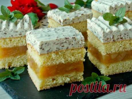 Бисквитный яблочный торт с лимонным муссом — Рецепты в мультиварке: рецепты с фото