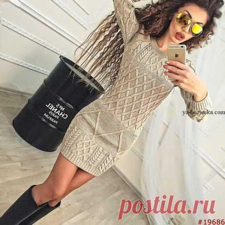 Платье спицами арановыми узорами. Модное платье спицами 2017