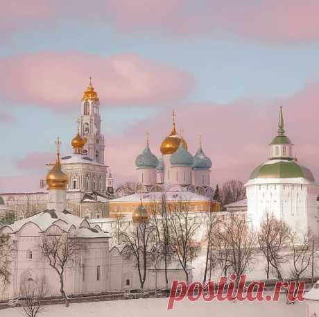 Троице-Сергиева Лавра, Сергиев Посад  Спасибо за фото @evgeniy__vasin