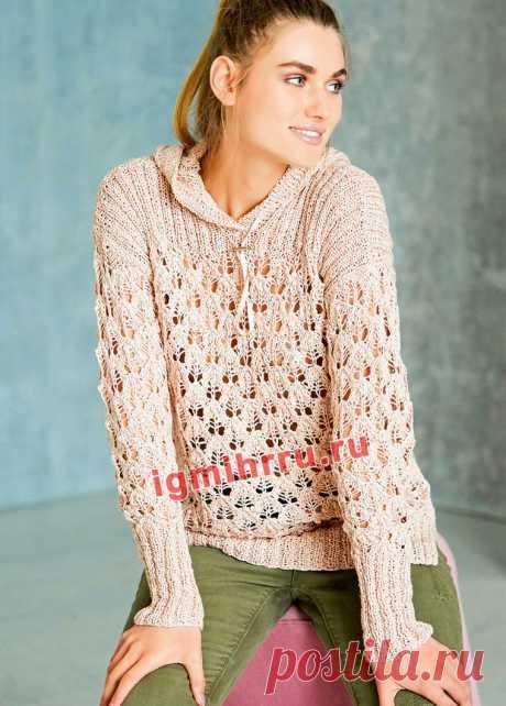 Ажурный пуловер с капюшоном и боковыми разрезами. Вязание спицами со схемами и описанием