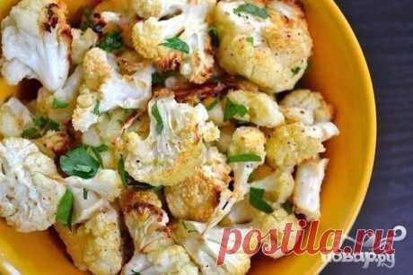 Цветная капуста с чесноком, сыром Пармезан и зеленью в духовке. 100 гр - 86.36 ккал — Мегаздоров