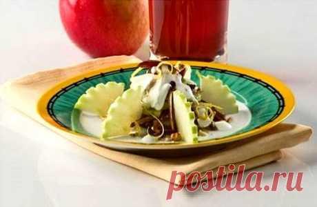 Салат с финиками и орехами