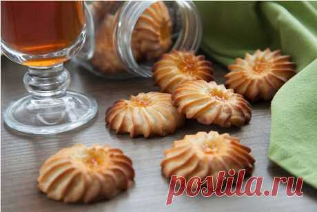 Печенье Курабье Знаменитое и вкусное печенье Курабье легко приготовить всего за полчаса