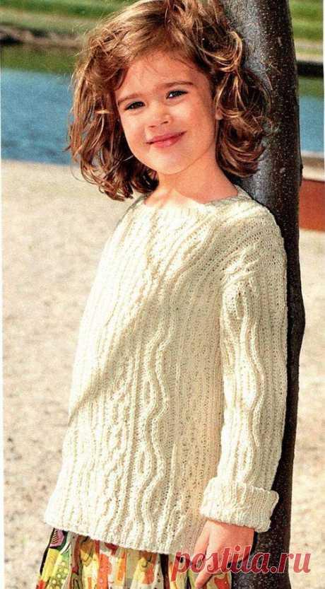 Детский белый пуловер с косами спицами   Вяжем детям